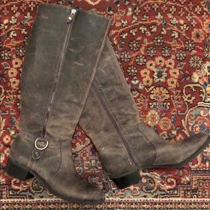 Antonio Melani Grey Leather Boots Size 8.5